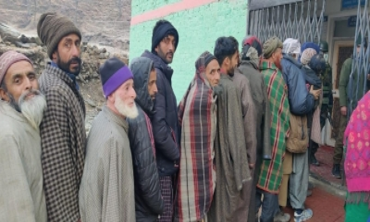TeluguStop.com - 2nd Phase Of Ddc Polling In J&k Sees 49% Voter Turnout (2nd Ld)
