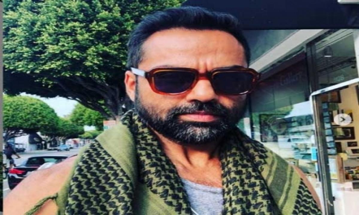 TeluguStop.com - Abhay Deol Shares What Happens When He Waits In Vanity Van For Too Long