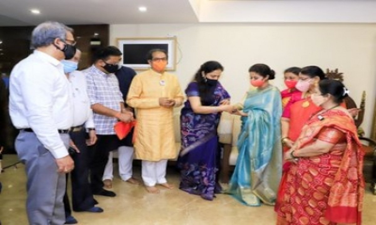 TeluguStop.com - After Getting 'ticket' To Legislature, Urmila Matondkar Joins Shiv Sena