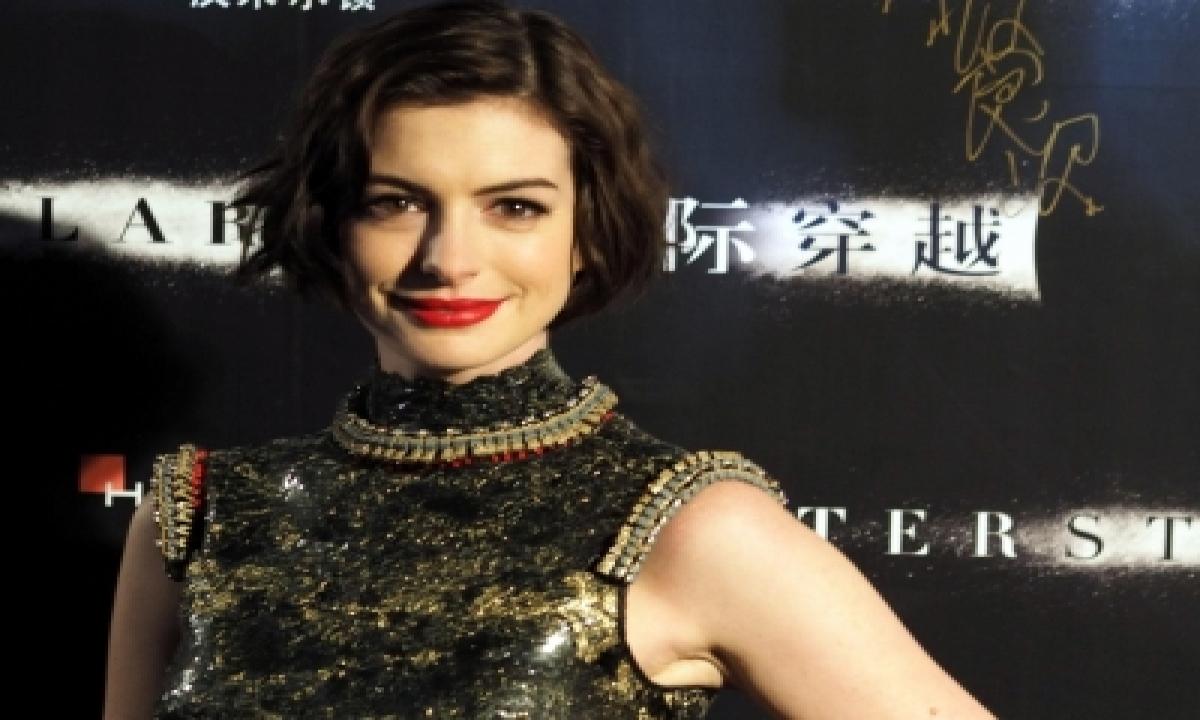 TeluguStop.com - Anne Hathaway: My Kids Love To Wrestle