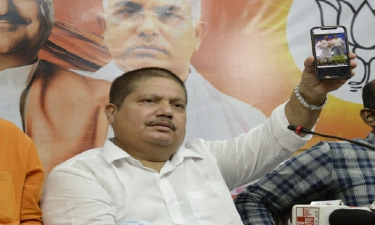 TeluguStop.com - Bjp Leader Says 5 Trinamool Mps Ready To Join Party, Tmc Lashes Out