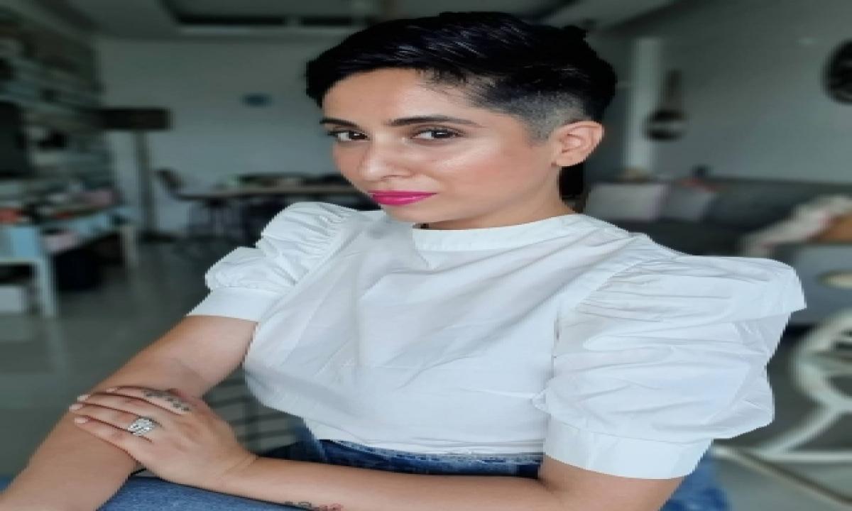 TeluguStop.com - 'dil Diyan Gallan' Singer Neha Bhasin On Being Sexually Abused In Childhood