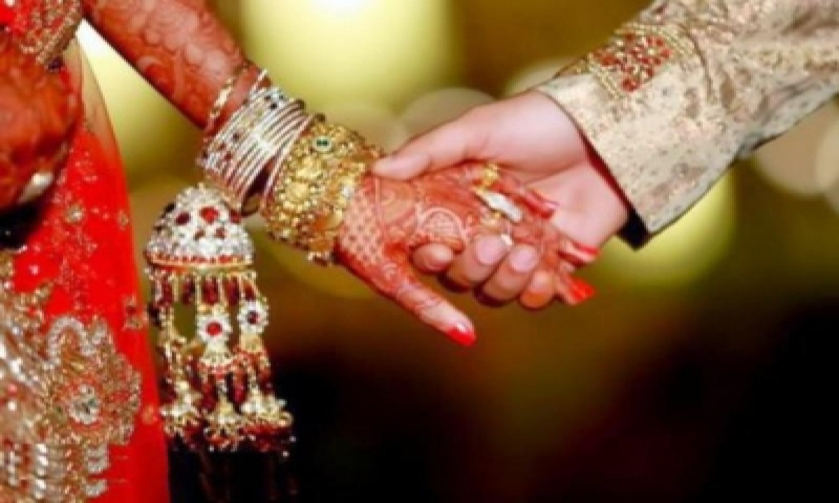 TeluguStop.com - Fake Army Major Dupes 17 Prospective Brides Of Rs 6.61 Cr
