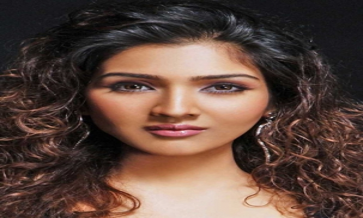 TeluguStop.com - Govinda's Daughter Tina Ahuja Excited About Her New Short Film