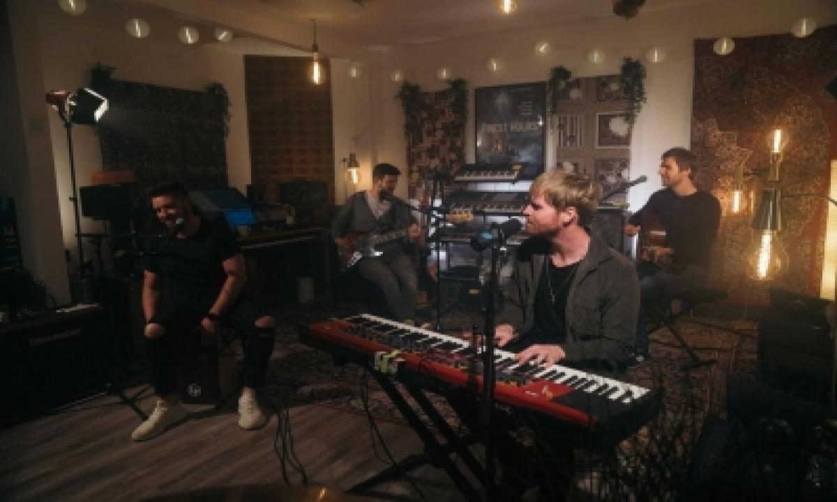 TeluguStop.com - Irish Rock Band Kodaline Are 'closer' Friends Now