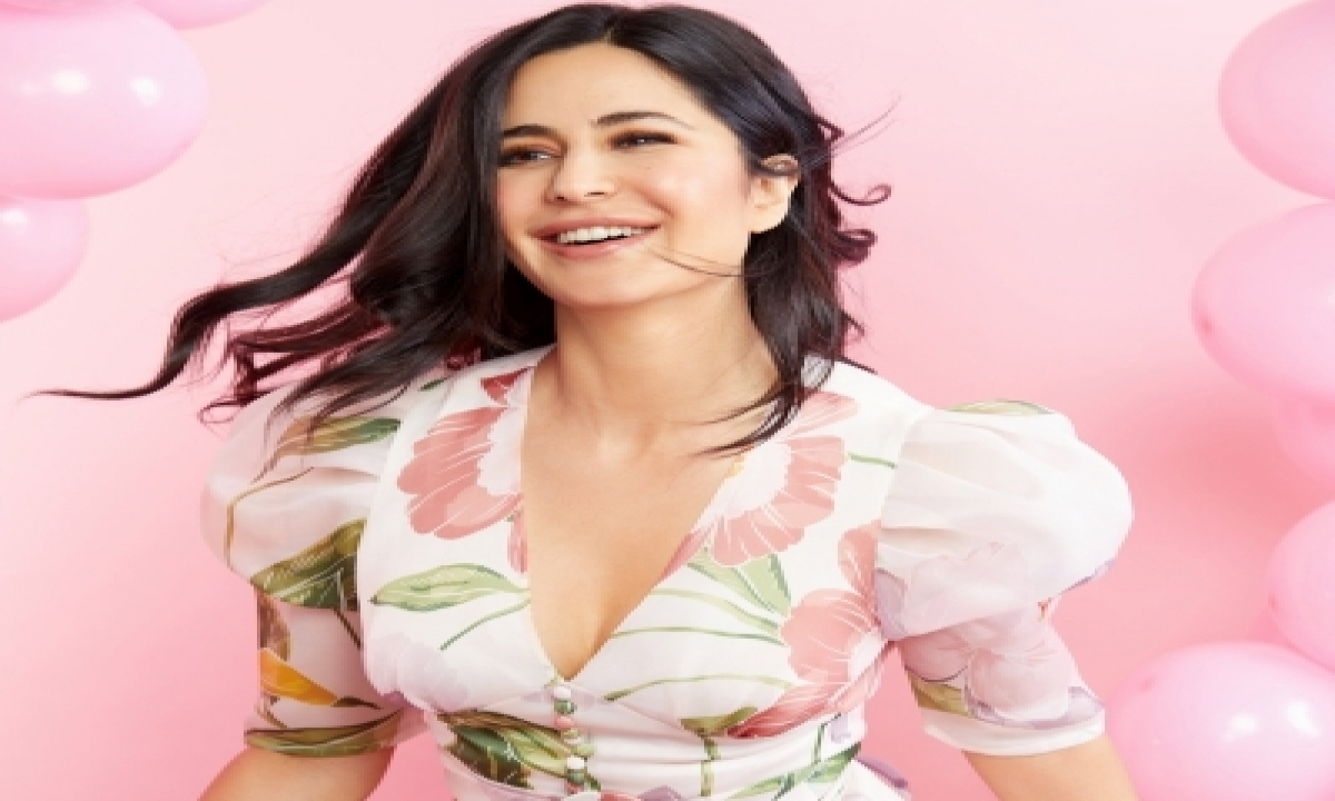 TeluguStop.com - Katrina Kaif Chronicles Her Journey Of Technical Glitches This Year