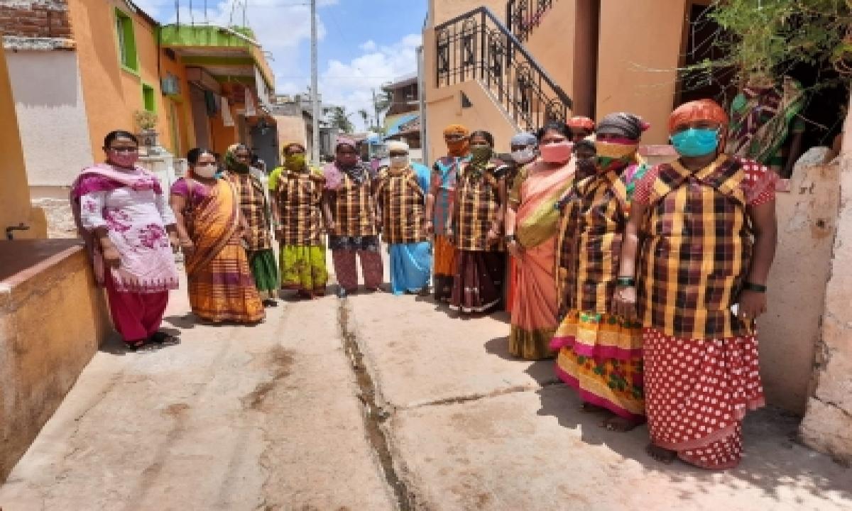 TeluguStop.com - K'taka Police Prevent Child Marriage, Save Minor Girl