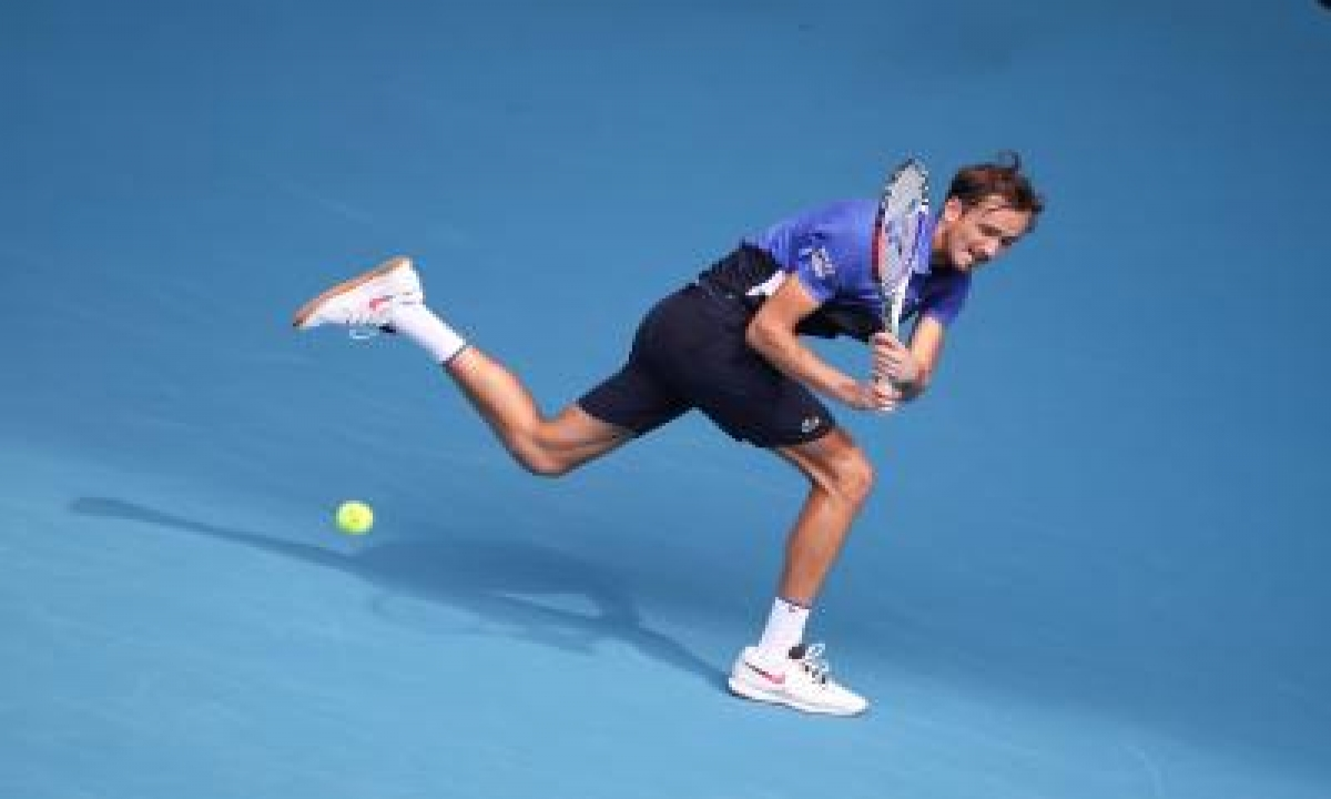 TeluguStop.com - Medvedev To Face Thiem In Summit Clash Of Atp Finals