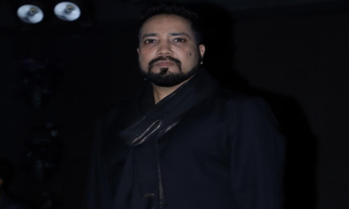 TeluguStop.com - Mika Singh To Kangana: Shame On You