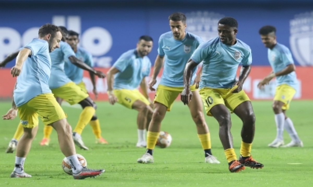 TeluguStop.com - Mumbai Looking To Maintain Momentum Against East Bengal (preview Match 13)