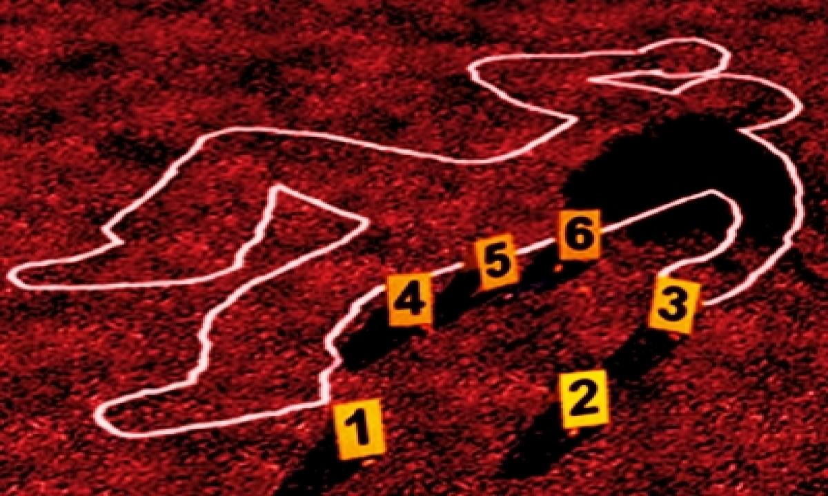 TeluguStop.com - Murder At Sp Mlc's Flat In Lucknow, 4 Held