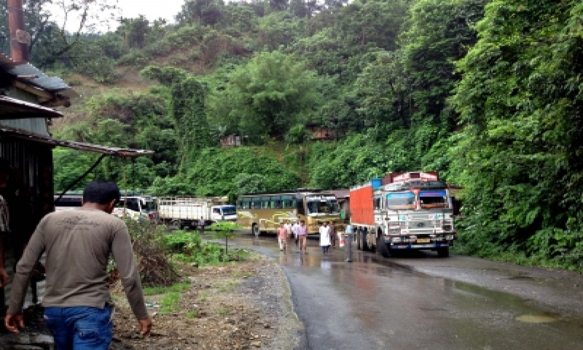 TeluguStop.com - Ne Border Row: Protesters Block Highway To Mizoram For 2nd Day