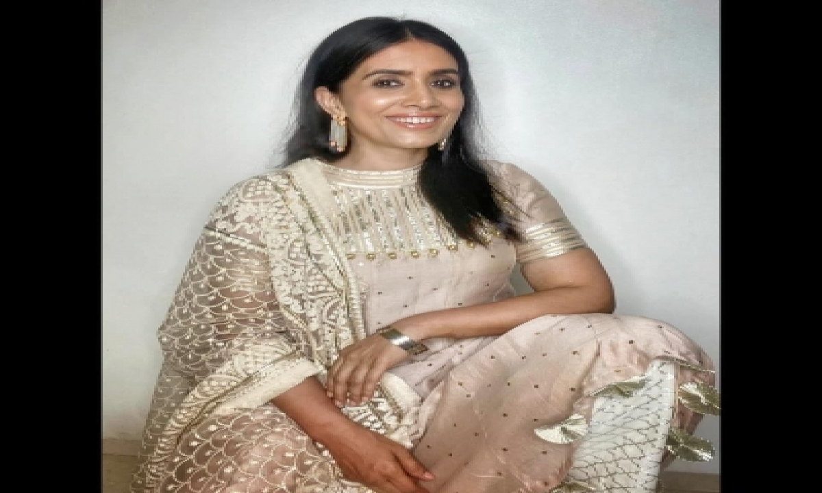 TeluguStop.com - Sonali Kulkarni: Idea Of Being Imperfect Can Be Scary