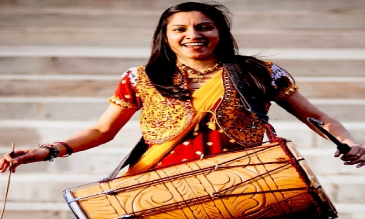 TeluguStop.com - Uk's First Female Dhol Player Parv Kaur Wants Deepika, Taapsee Or Anushka To Play Her In Biopic