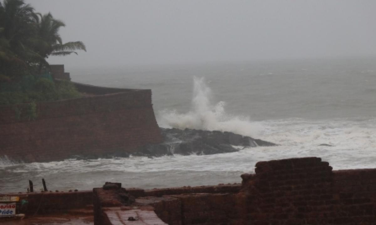 TeluguStop.com - Weather Red Alert In Four Kerala Dists, Orange In Three
