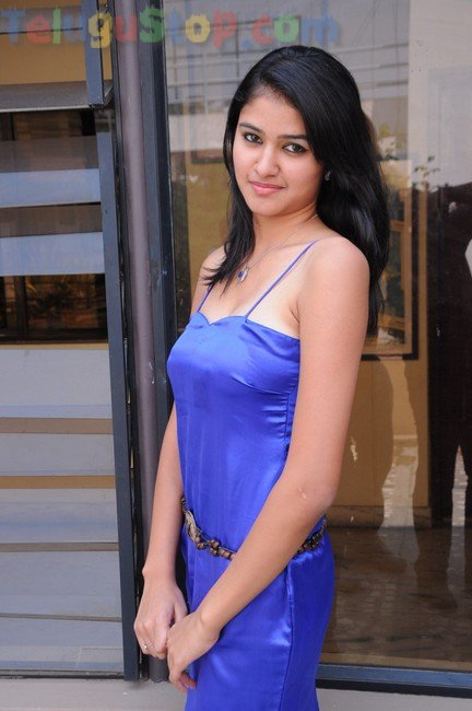 Kausalya new stills- Photos,Spicy Hot Pics,Images,High Resolution WallPapers Download