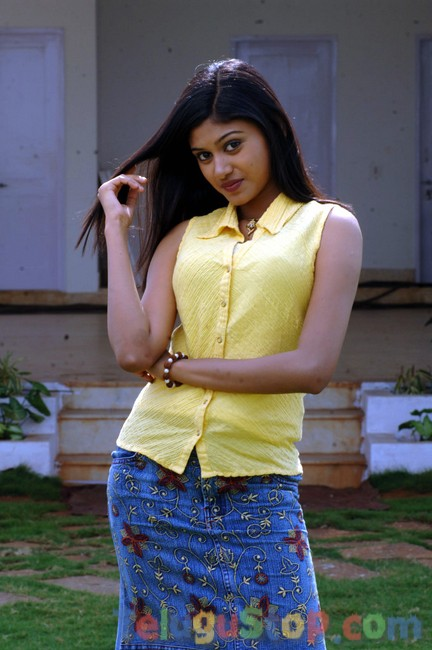 Mounika new stills- Photos,Spicy Hot Pics,Images,High Resolution WallPapers Download