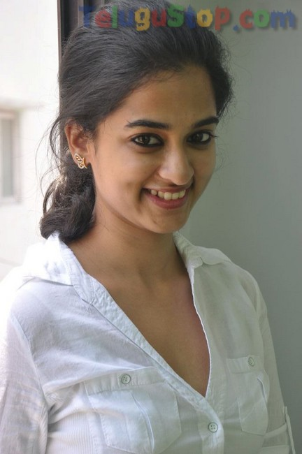 Nanditha new stills 2- Photos,Spicy Hot Pics,Images,High Resolution WallPapers Download