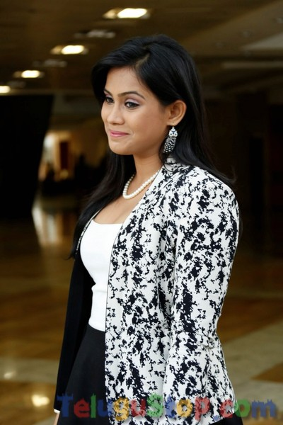 Tulasi stills- Photos,Spicy Hot Pics,Images,High Resolution WallPapers Download