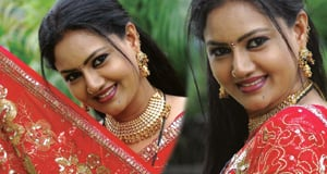 Raksha Stills-actress albums-Telugu Tollywood Photo Image