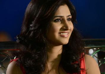 Shamili New Stills-actress albums-Telugu Tollywood Photo Image