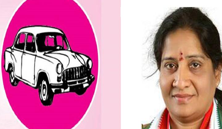 Congress Mlc Akula Lalitha Try To Join Trs Party- Telugu Political Breaking News - Andhra Pradesh,Telangana Partys Coverage Congress Mlc Akula Lalitha Try To Join Trs Party--Congress Mlc Akula Lalitha Try To Join Trs Party-