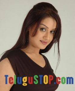 Sonia Agarwal Actress Profile & Biography