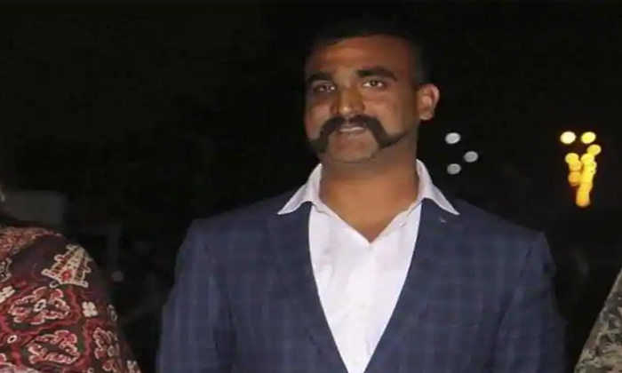 Abhinandan Is A First Indian Air Fighter Collapsed F16 Aircraft
