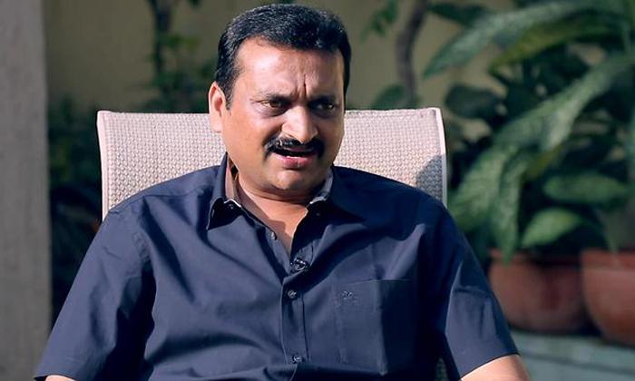 బండ్ల గణేష్ రాజకీయాలకు గుడ్ బై… కారణం ఇదేనట-Movie-Telugu Tollywood Photo Image