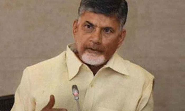 బాబు 'రహస్యం' తో ఇబ్బందిపడుతున్న అధికారులు -Political-Telugu Tollywood Photo Image