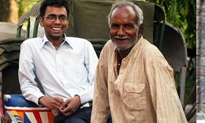 తన తండ్రి ఒక రిక్షా నడుపుకొనే వ్యక్తి.. అయిన కష్టపడి కలెక్టర్ అయ్యాడు..గోవింద్ జైస్వాల్ సక్సెస్ స్టోరీ…-General-Telugu-Telugu Tollywood Photo Image