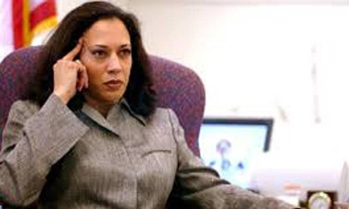Indian Lady Kamala Harris Made It Which Trump Cant
