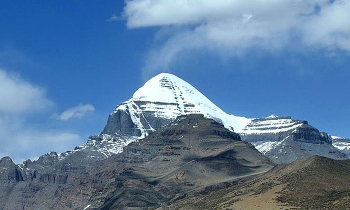 Unbelievable Facts About The Sacred Mount Kailasa-