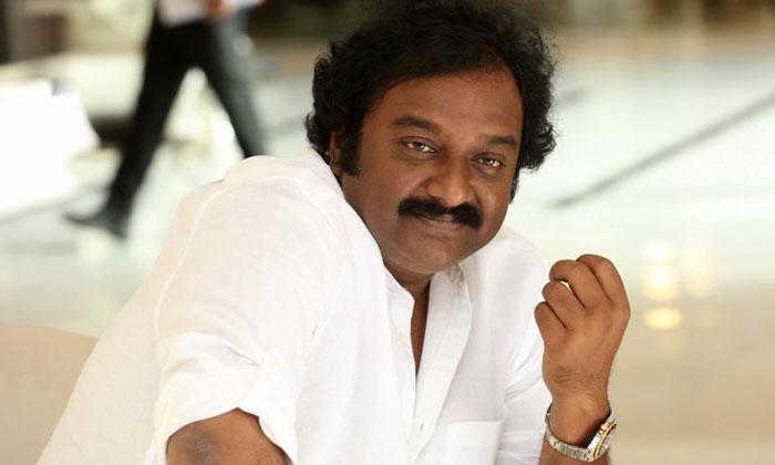 విచిత్రం : దర్శకుడిగా ఛాన్స్లు లేక హీరోగా మారబోతున్నాడు-Movie-Telugu Tollywood Photo Image