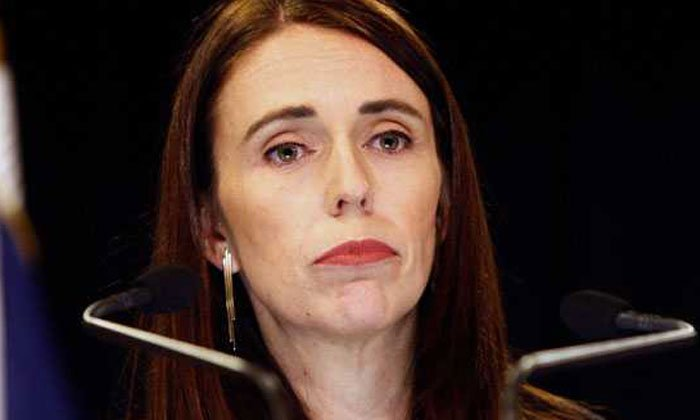 Girl Gave Bribe Money To New Zealand Prime Minister
