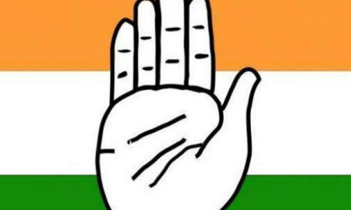 వారికేమి పట్టదా 'హ్యాండ్' ఇచ్చారన్న బాధలేదా -Political-Telugu Tollywood Photo Image
