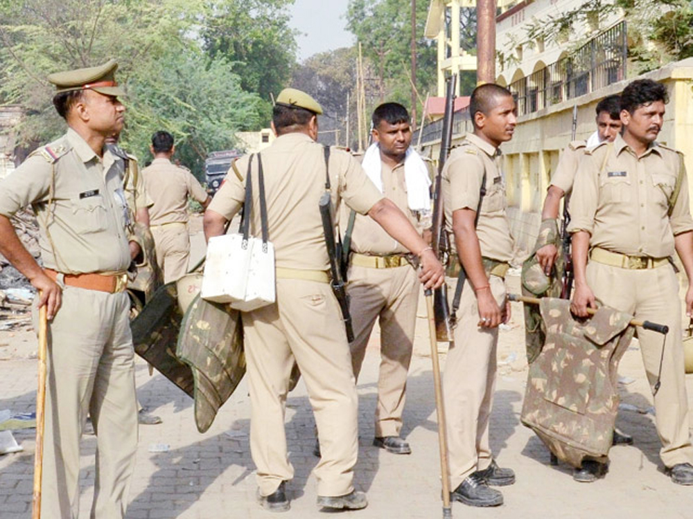 Retired Inspector Daughter Dead Body Found In Room In Up Mirzapur - Telugu Viral News Retired Inspector Daughter Dead Body Found In Room Up Mirzapur -