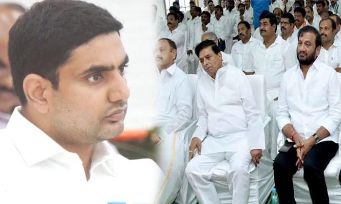 వైసీపీ మంత్రులను భయపెడుతున్న మాజీ మంత్రి లోకేష్-Political-Telugu Tollywood Photo Image