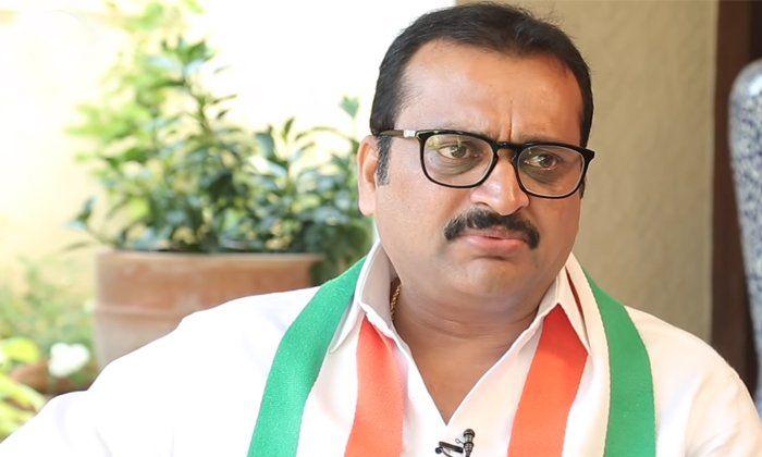 Bandla Ganesh Ready To Act In Movies-