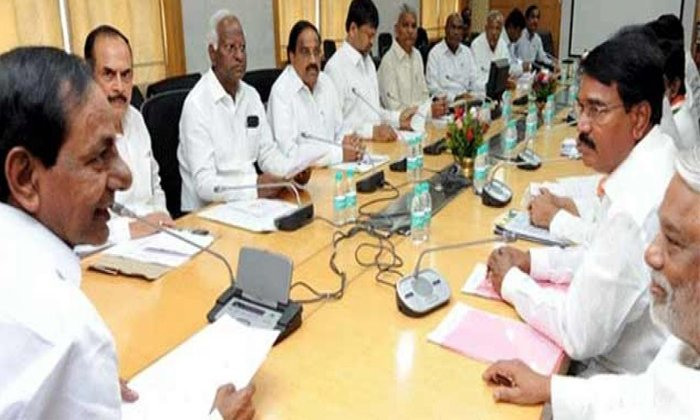 క్యాబినెట్ విస్తరణకు కేసీఆర్ మొగ్గు ఎవరెవరికి స్థానం అంటే -Political-Telugu Tollywood Photo Image