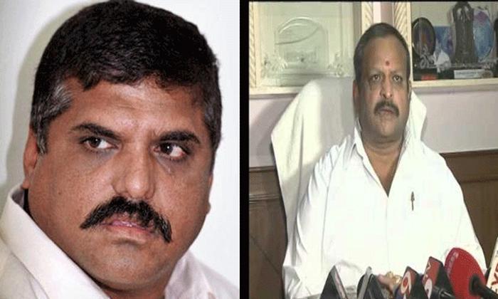 వైసీపీలో మొదలైన లొల్లి…-Political-Telugu Tollywood Photo Image