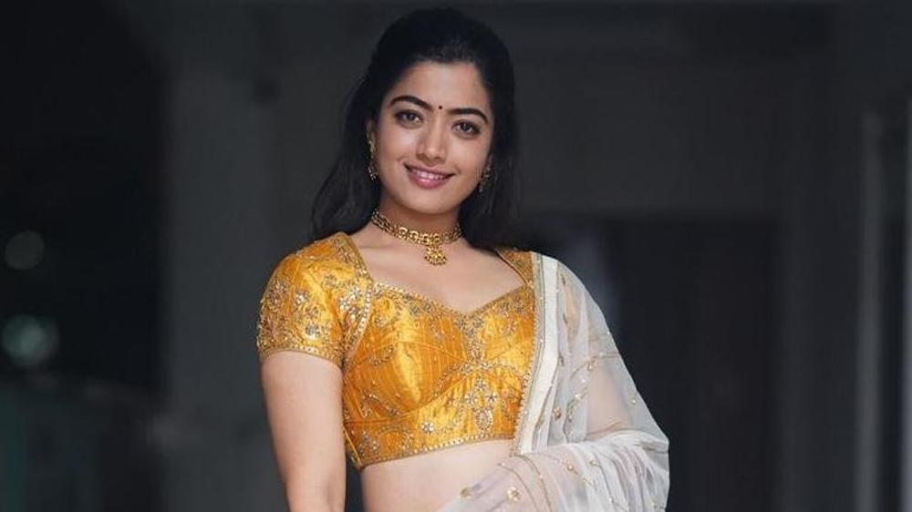అందుకే రేటు పెంచా అంటున్న రష్మిక మందన-Movie-Telugu Tollywood Photo Image