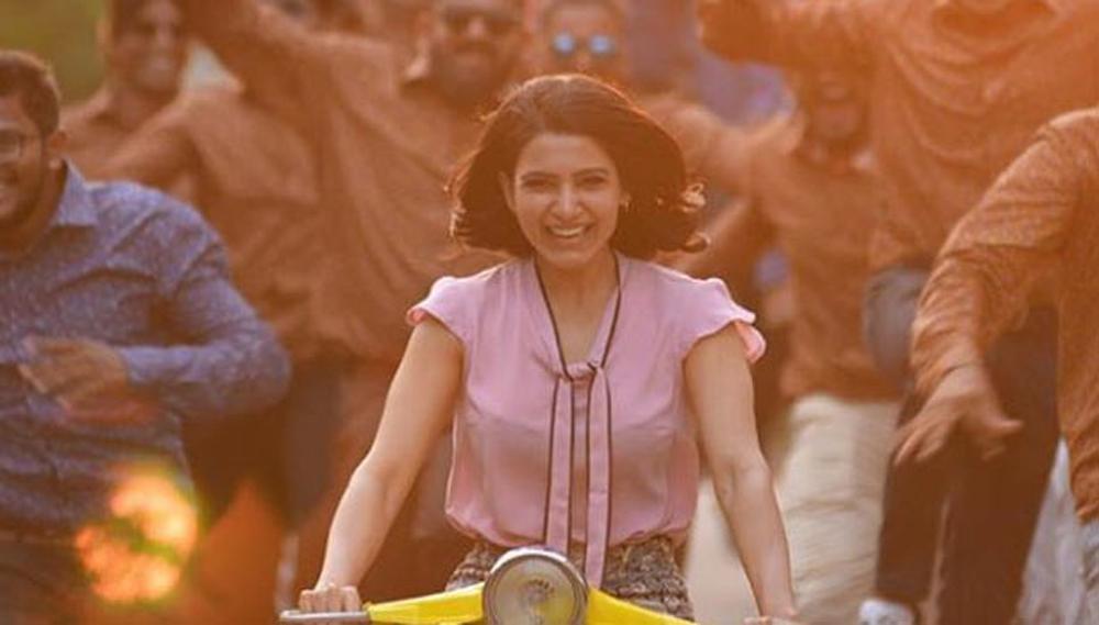 బాలీవుడ్ కలలు కంటున్న సమంత ఓ బేబీతో తీర్చుకునే ప్రయత్నం-Movie-Telugu Tollywood Photo Image