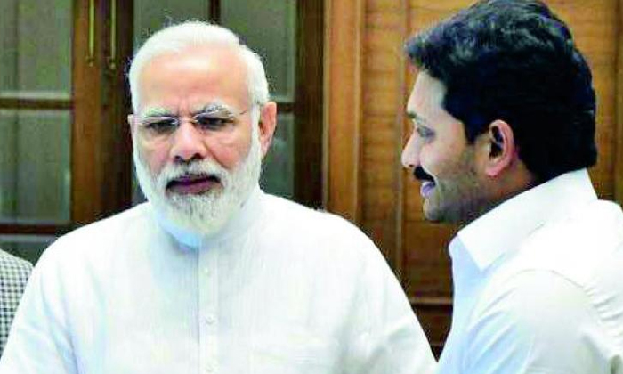 వైసీపీని బీజేపీ టార్గెట్ చేసుకున్నట్టేనా -Political-Telugu Tollywood Photo Image