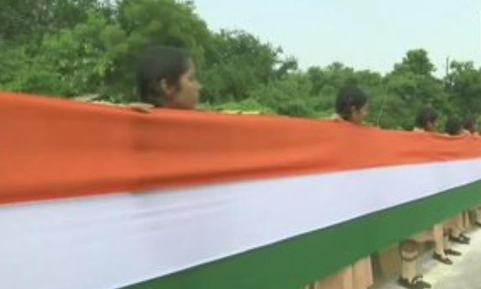 15 Kilometers Flag Show In Chhatisghar - Telugu Viral News 15 Kilometers Flag Show In Chhatisghar -