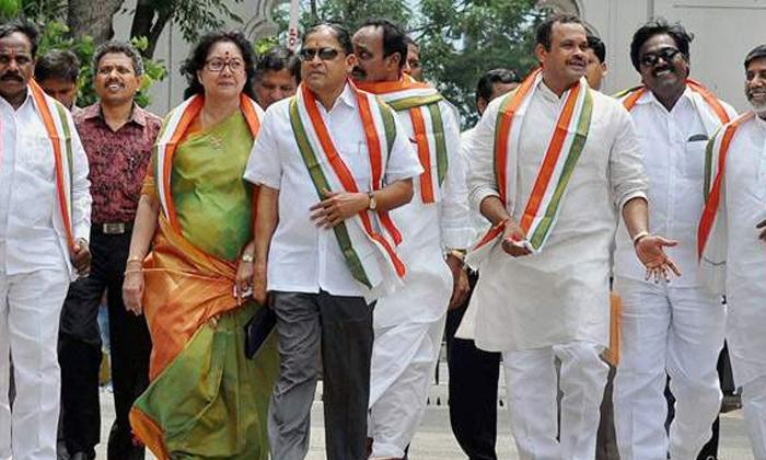 Telugu , Huzurnagar, Janareddy, Komati Reddy Venkat Reddy, Kunthia, Uttam Kumar Reddy Wife Padmavathi-Telugu Political News
