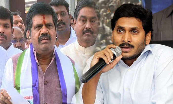 బోటు- వేటు : పర్యాటక మంత్రికి పదవి గండం తప్పదా -Political-Telugu Tollywood Photo Image