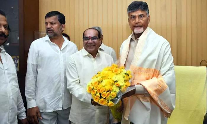 Telugu Chalo Athmakure, Chandrababu, Chandrababu After Tdp Leader Lokesh In Political Active, Chandrababu In Hyderabad Present, Ys Jagan Mohan Reddy-Telugu Political News