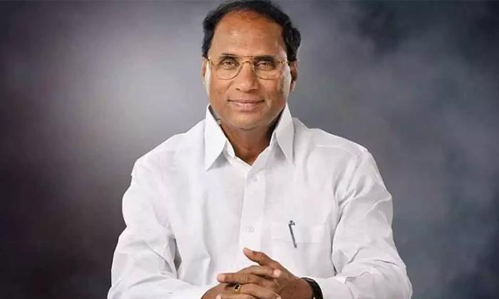 ఆ 24 నిమిషాలు కోడెల ఎవరితో మాట్లాడాడు-Political-Telugu Tollywood Photo Image