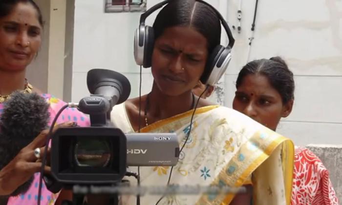 ఆదర్శం : చెత్త ఏరుకునే మహిళ షార్ట్ ఫిల్మ్ తీసింది, ఆమె పట్టుదలకు హ్యాట్సాఫ్ చెప్పాల్సిందే-General-Telugu-Telugu Tollywood Photo Image